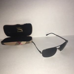 Burberry 3064 Sunglasses With Case